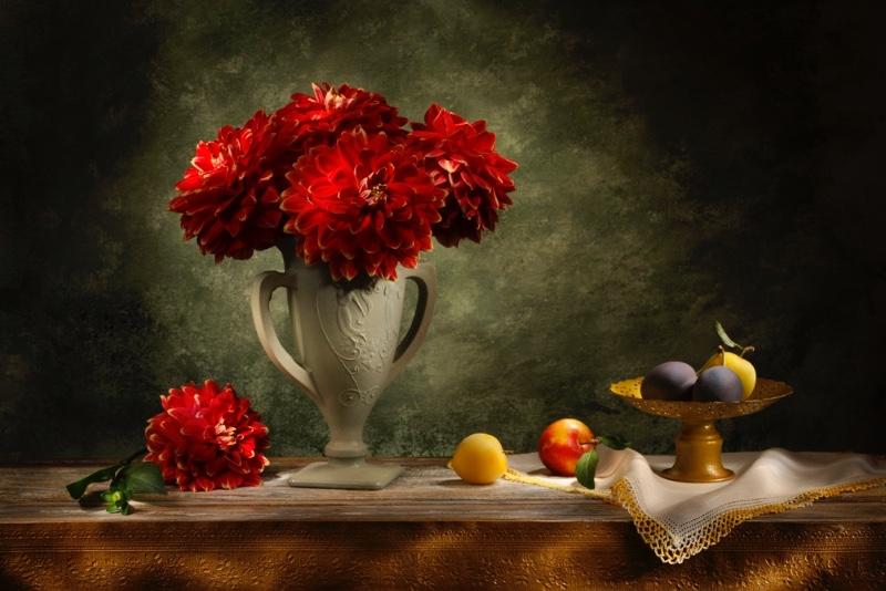 1-Russ-Salamon-Red-flowers