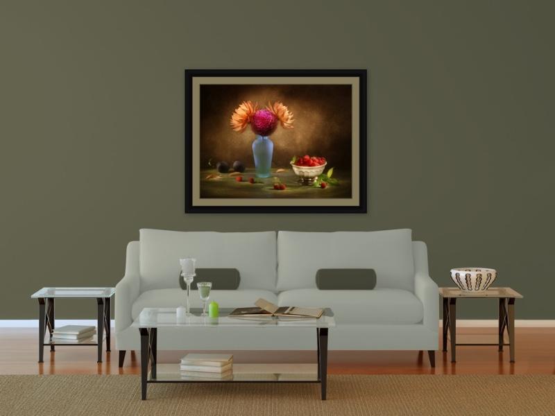 4-Russ-Salamon-picture-in-livingroom